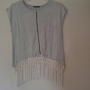 Tart Medium Shirt Fringe White Black Gray